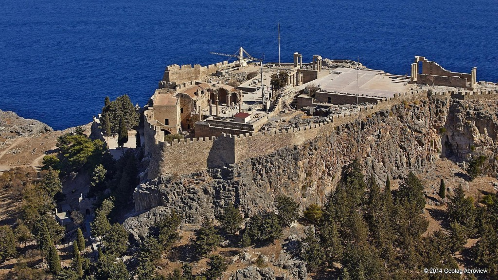 Aerial photo of Lindos, Rhodes by Tripinview