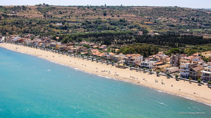 Among the top 10 beaches for 2017. The beach of Agnone Bagni, Italy